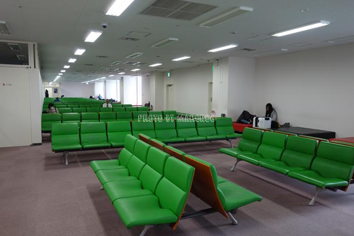 関西国際空港エアロプラザ2階奥の無料休憩所