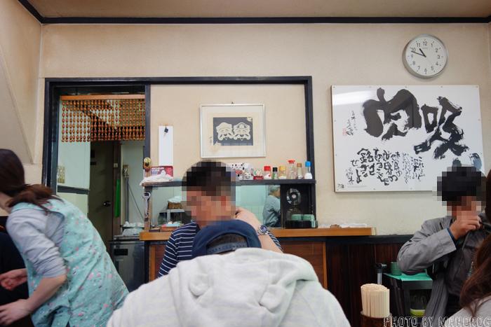 大阪難波の千とせの店内