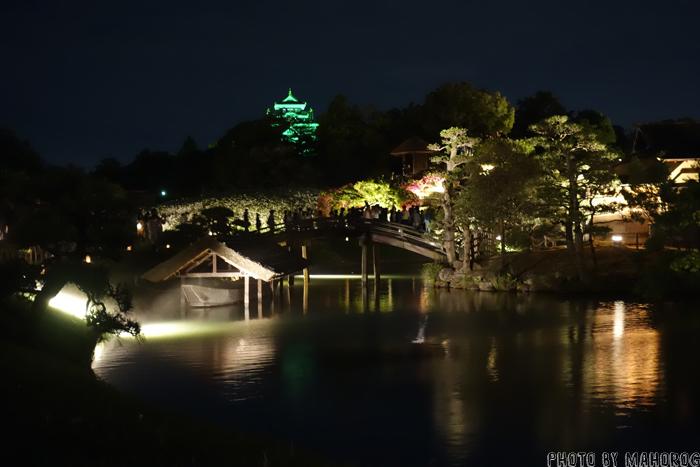 ライトアップされた岡山城
