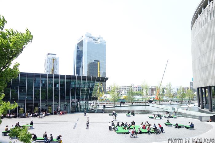 グランフロント大阪前の広場