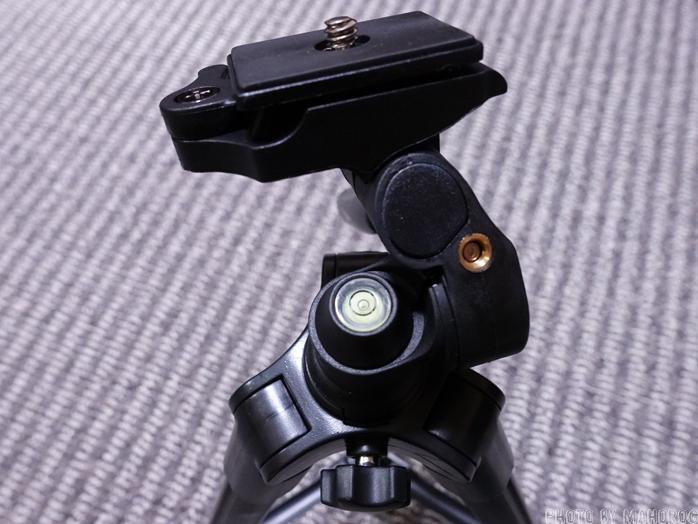 Fotopro 三脚 DIGI-204 BK 4段 小型 3WAY雲台 アルミ製 ブラック 810830の水準器