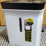 アイリスオーヤマの安い家庭用シュレッダーを使っているが裁断した紙が太い