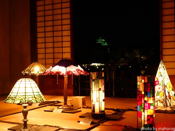 寒翠細響軒のステンドグラス