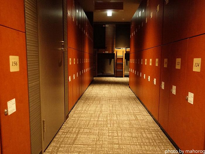 広島のお宿のロッカールーム